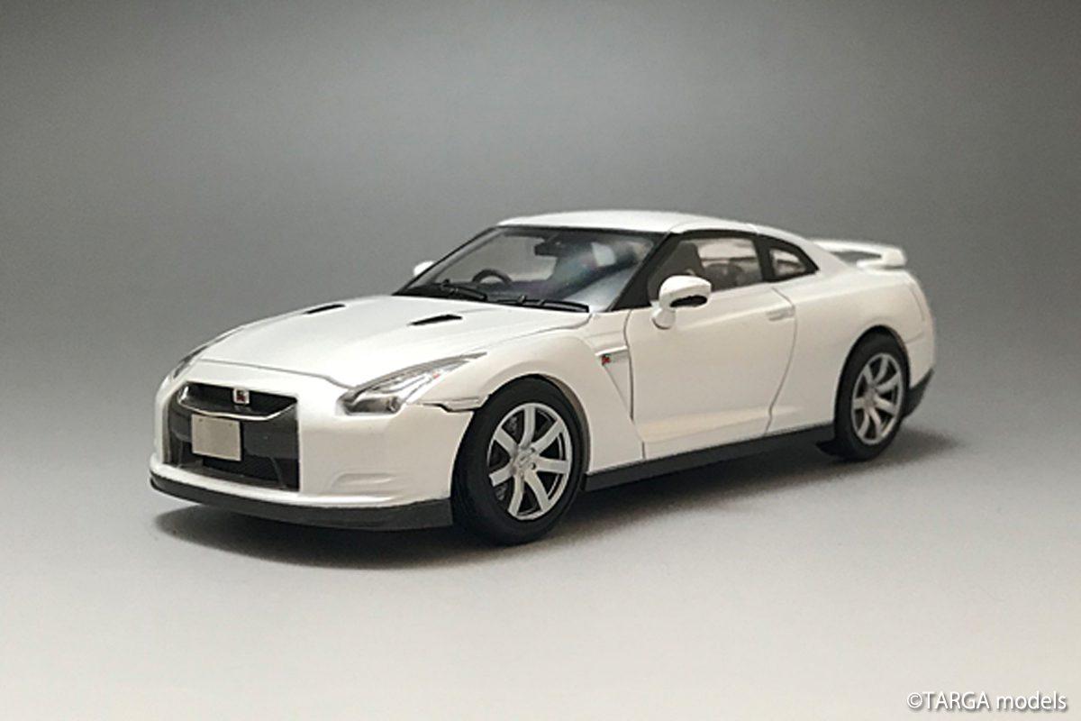 Nissan GT-R(R35) White Pearl ver.